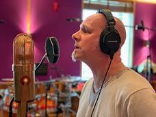 Lead singer Matz is recording vocals